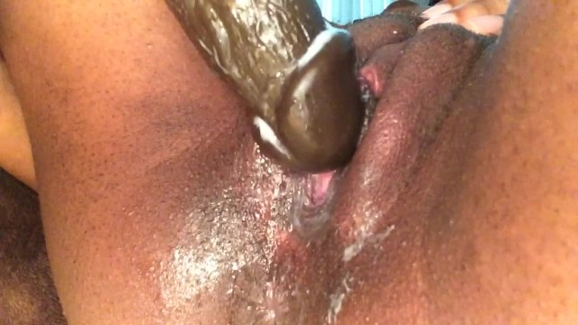 Dripping mature pussy - Ghetto Tube
