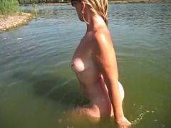 Bathing on a nudist beach