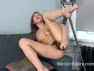 Evelina Darling masturbates with her glass dildo