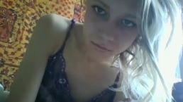Skiping school play in bed coconut_girl1991_230816 chaturbate REC