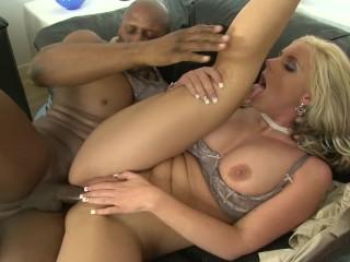 Upslirt Videos Fucking, PAWG MILF Phoenix Marie Gets Fucked Hard With BBC Big Tits Creampie