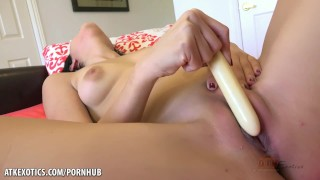 Audrey Royal uses a toy to get her pussy off