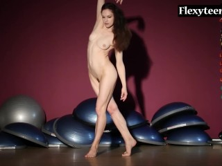 Masha korjagina perfoms art - 2 part 4