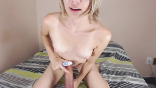 Teen massive dildo ride cum