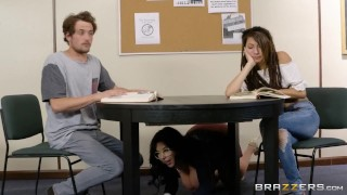 Fucking A Thick Milf In The Library - Brazzers Young czech