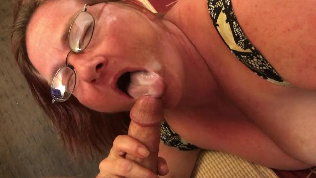Lesbian close up pic