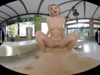 SexBabesVR – Massaging His Dick with Vicky Love