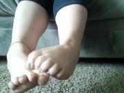 do you like my little toesy