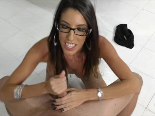 The perfect handjob coed 4greedy