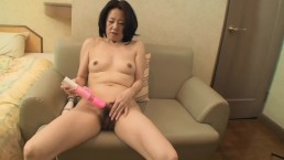 Amateur Japanese granny has first time sex and creampie on camera