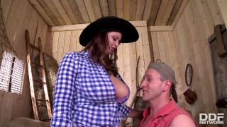 Cock pro queen rides country rodeo sirale a girl like busty play titty