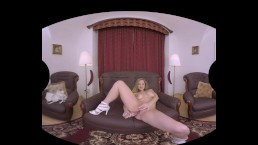 Hot Mature VR Sex With Older Lady Ameli Timber