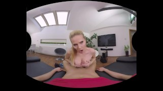 Diaries cheerleaders - beautiful blonde loves Anal sex