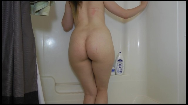 Fun hot naked tub Naked pee desperation standing in the tub