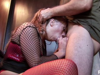 Babe gets fucked in the ass