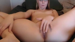 shycollegeslut fingering her pussy on live webcam
