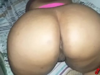 MATURE LADY WHITH FAT ASS