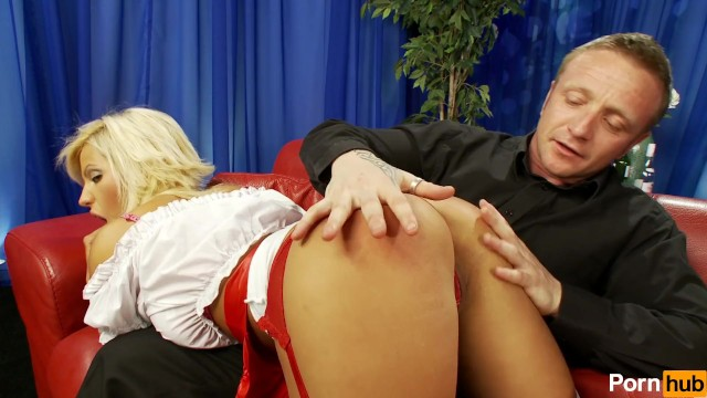 Pizza-delivery girl gets spanked, Tied-up, Then strapped in diaper (nappy)!