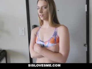 SisLovesMe – Bubble Butt Stepsis Helps Me Study