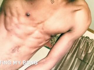 Hot Nude bong rip