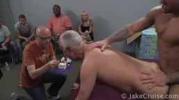 Bo Dean Barebacks Jake Cruise as a Birthday Surprise