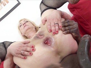 Xxx Extreme Blowjob Fucking, Blonde cougar In tight dress gets anal creampie from black guy Big Dick