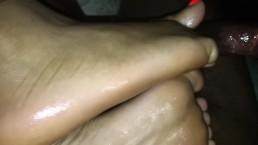 @tequilagoldsoles orange toes footjob