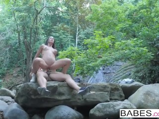 Babes – Wild Life starring Jay Smooth and Alexa Tomas