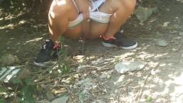 katherine pee in jungle