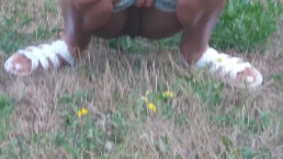 katherine pee in grass