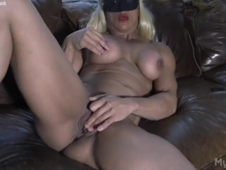 Dared mom to pose for me porn naked female bodybuilder masturbates her big clit mybigclit femalemusc