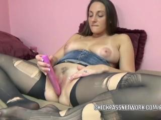 Busty MILF Melanie Hicks stuffs a toy deep inside her pussy