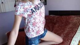 Jeans shorts babe bedroom fun coconut_girl1991_130217_1802 chaturbate REC