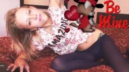 Jeans Shorts off blue pantyhose on coconut_girl1991_140217 chaturbate REC
