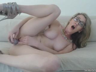 Amber Hahn sexy ass in solo dildo drilling session