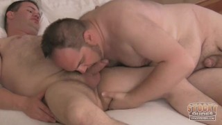 Chubby Cubs Make Out Stocky Dudes