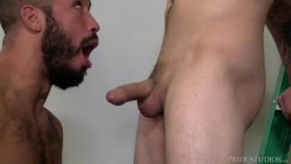 MenOver30 Trey Turner Eats Ass Good Before Fucking It Bareback blowjob