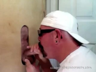 3 Married Guys Serviced At The Gloryhole