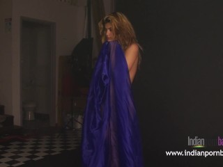 Nude Indian Babe Natasha Photoshoot Exposing Her Juicy Body