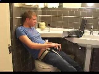 Josh Myers School Bathroom Jerking - Huge Cumshot