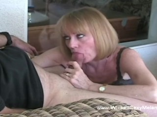 Melanie Want a Cum Splash over Her Mouth