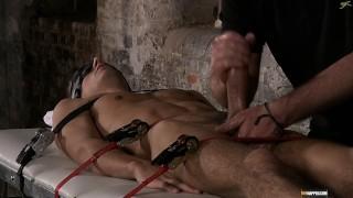 Strapping Hot Boy Luke!