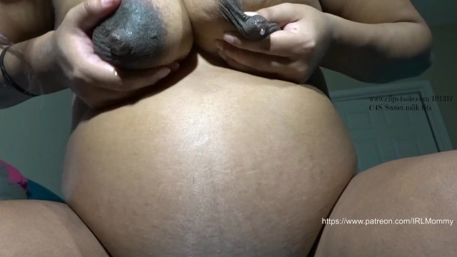Gorilla licks girls nipples Pregnant nipple licking/sucking hd
