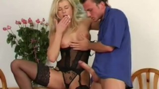 Blonde MIlF Smiles and Suck Dicks jock