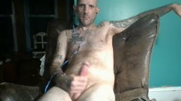 Big dick hunk loves to be viewed on on his webcam.