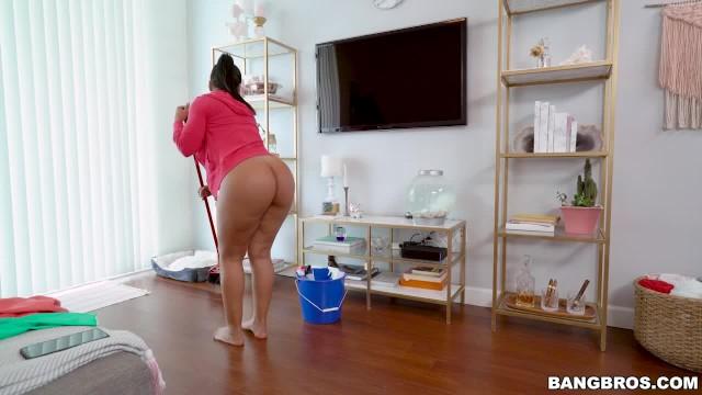 Big Tit Big Booty Latina