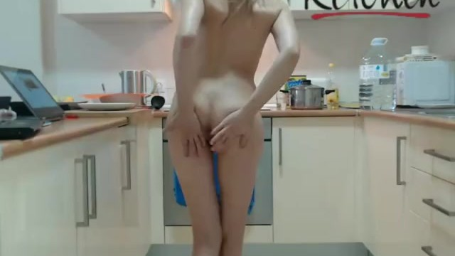 Naked chaf Naked chef kate flamingo vibe toy chaturbate live show replay