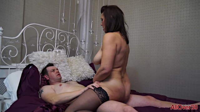 All under 30 milf - Get to know a thick 47 year old milf raven before she gets fucked