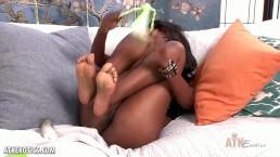 Exotic Ebony babe toys her twat!