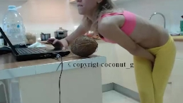Chef Kate coconut_girl Kitchen live cam chaturbate Sexting for fun REC